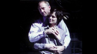 Xander Berkeley and Sarah Clarke behind the scenes on 24 Season 2