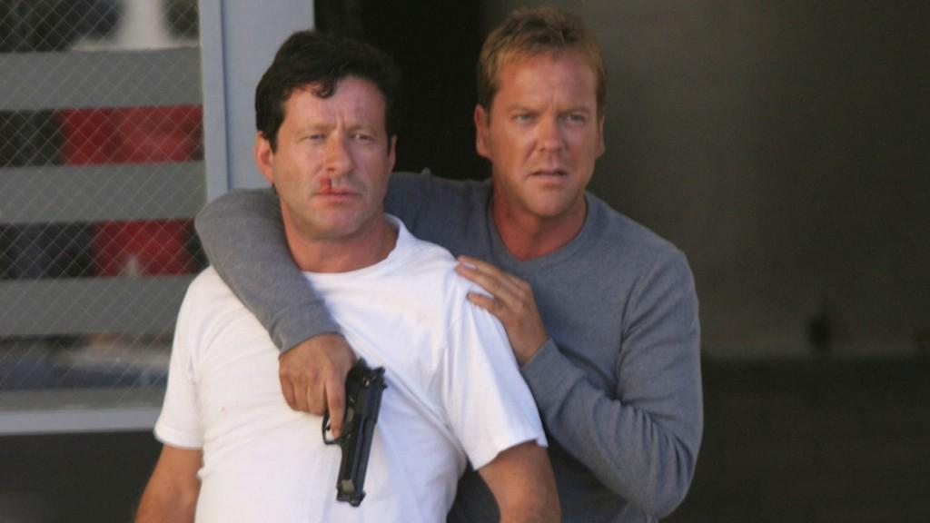 Jack Bauer escapes prison with Ramon Salazar in 24 Season 3 Episode 5