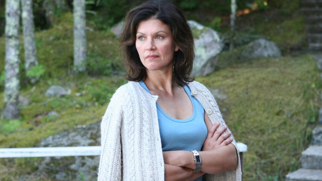 Wendy Crewson in Who Loves the Sun