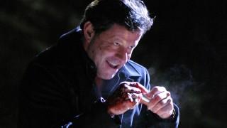 Ramon Salazar holds the vial in 24 Season 3 Episode 12