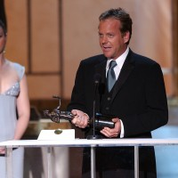 Kiefer Sutherland wins Screen Actors Guild Award - 2004