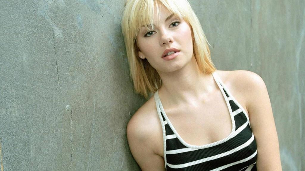 Elisha Cuthbert as Kim Bauer in a 24 Season 3 Promotional Photo