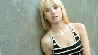Elisha Cuthbert as Kim Bauer in a 24 Season 3 Promotional Photo