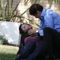 Tony Almeida cradles his wife Michelle Dessler in 24 Season 5 Premiere