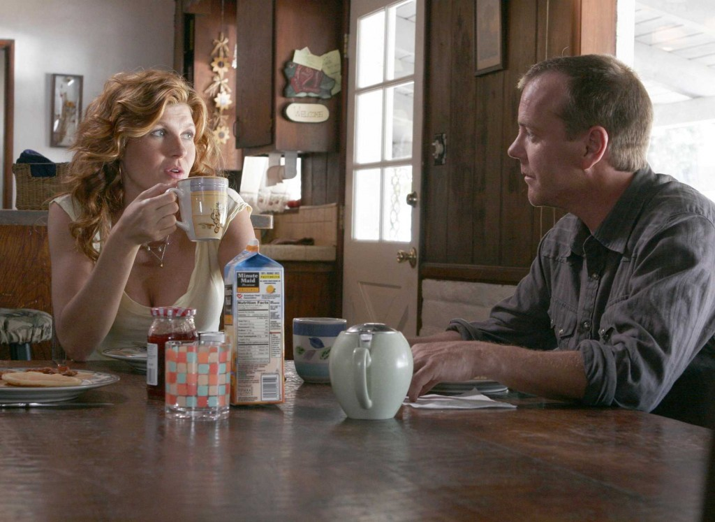 Diane Huxley and Jack Bauer eat breakfast in 24 Season 5 premiere