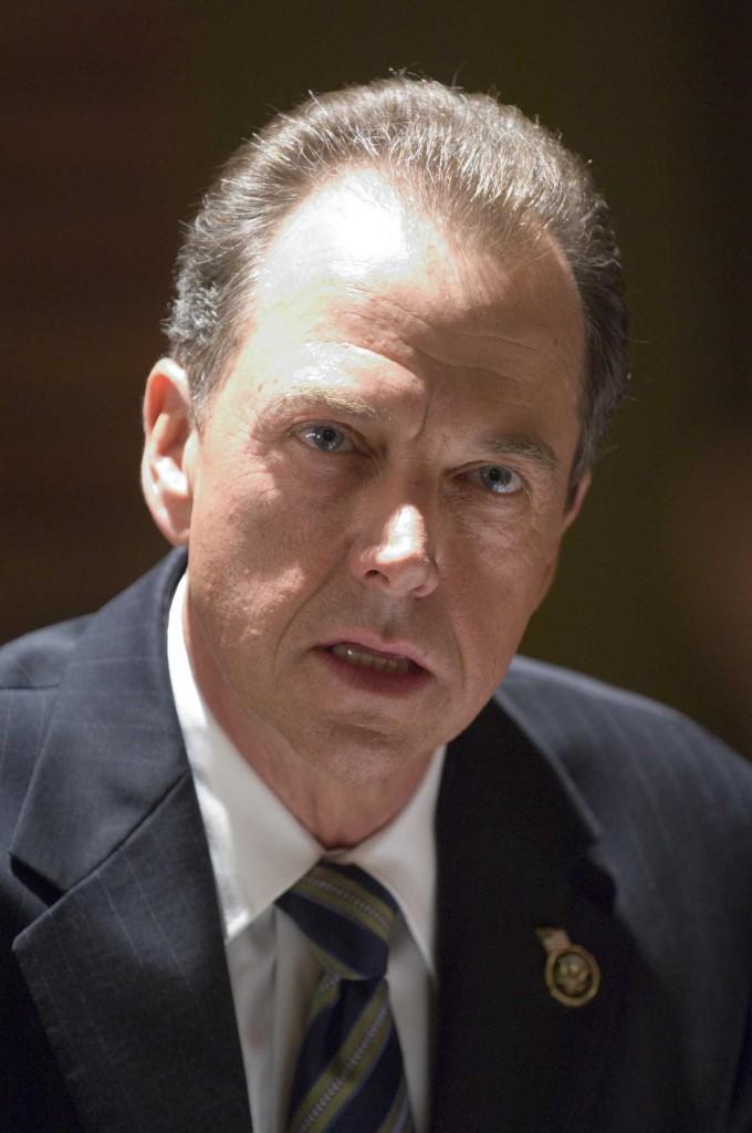 Gregory Itzin as President Charles Logan in 24 Season 5 Premiere
