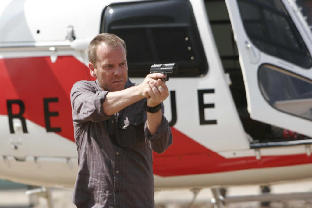 Jack Bauer with gun in 24 Season 5 Premiere