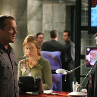 Jack Bauer works with Lynn McGill in 24 Season 5 Episode 5