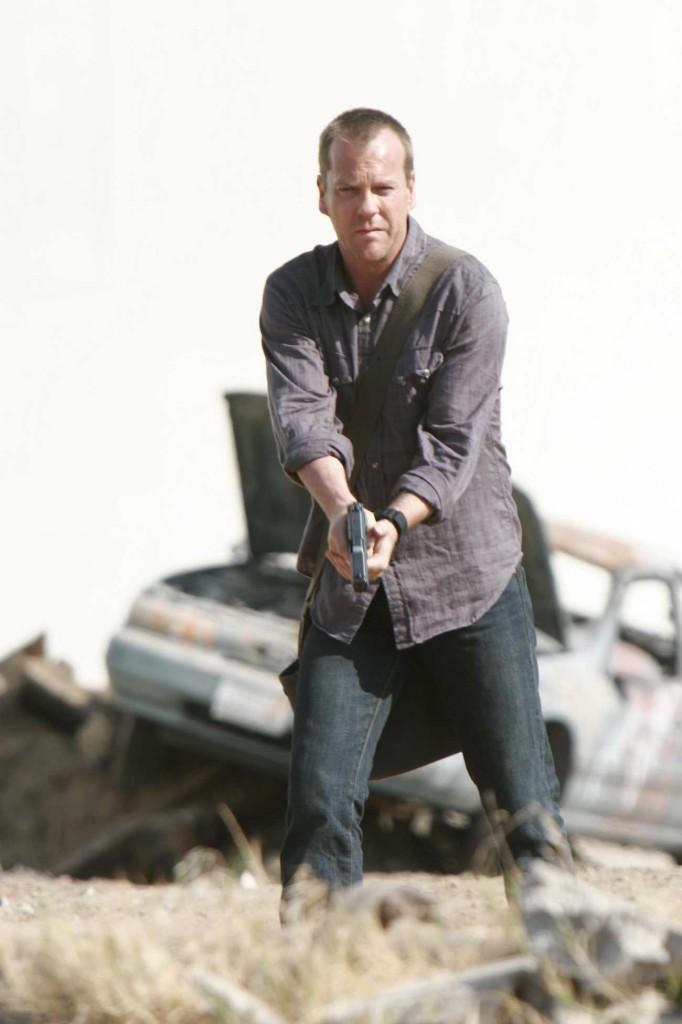 Jack Bauer prepares for action 24 Season 5 Episode 1