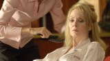 Evlyn Martin combs Martha Logan's hair in 24 Season 5 Episode 1