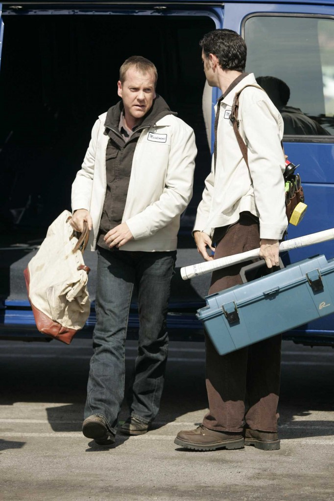 Jack Bauer undercover with terrorists in 24 Season 5 Episode 8