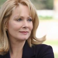 Jean Smart as Martha Logan in 24 Season 5 Episode 9