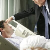 Bill Buchanan speaks with Tony Almeida in 24 Season 5 Episode 11