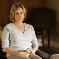 Jobeth Williams guest stars as Miriam Henderson in 24 Season 5 Episode 11