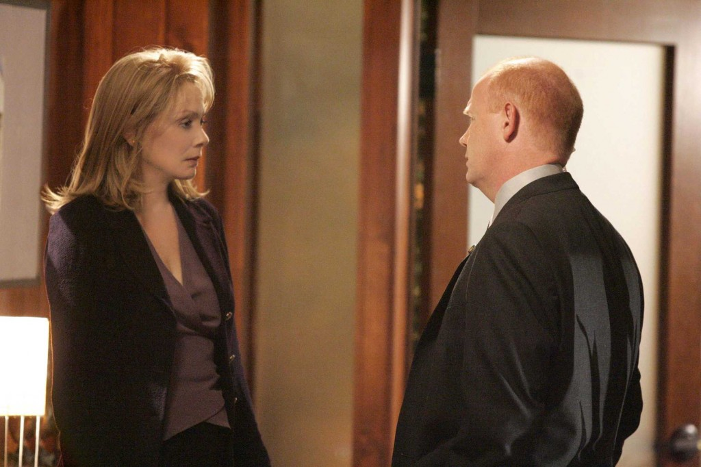 Martha Logan confronts Aaron Pierce in 24 Season 5 Episode 11