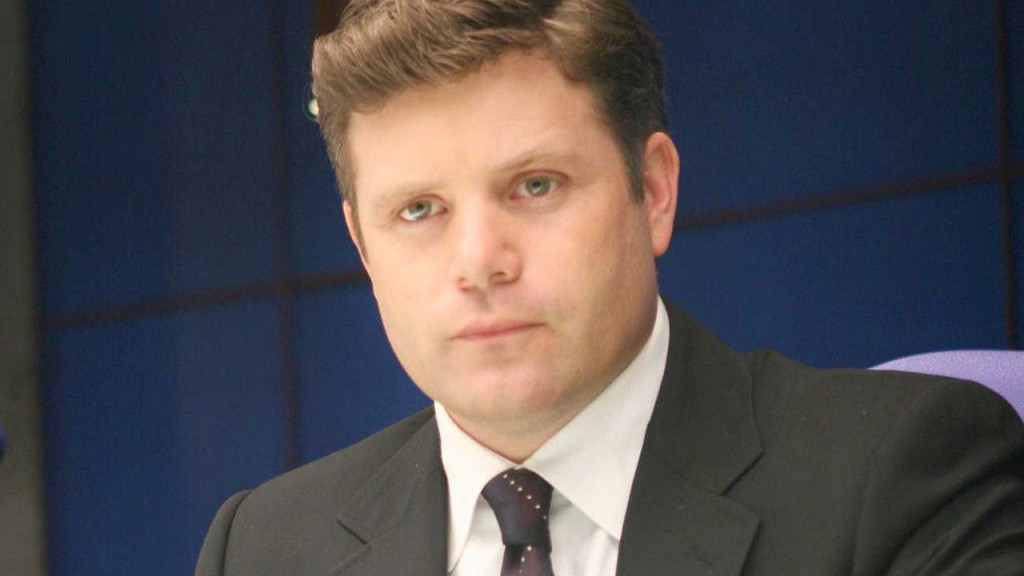 Sean Astin as Lynn McGill in 24 Season 5 Episode 5