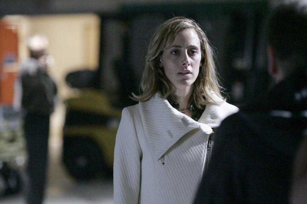 Audrey Raines tries to help Jack in 24 Season 5 Episode 18