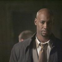 Wayne Palmer follows a lead regarding his brothers death in 24 Season 5 Episode 16