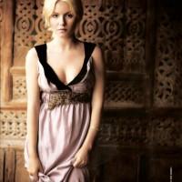 Elisha Cuthbert 944 Magazine Scan 05