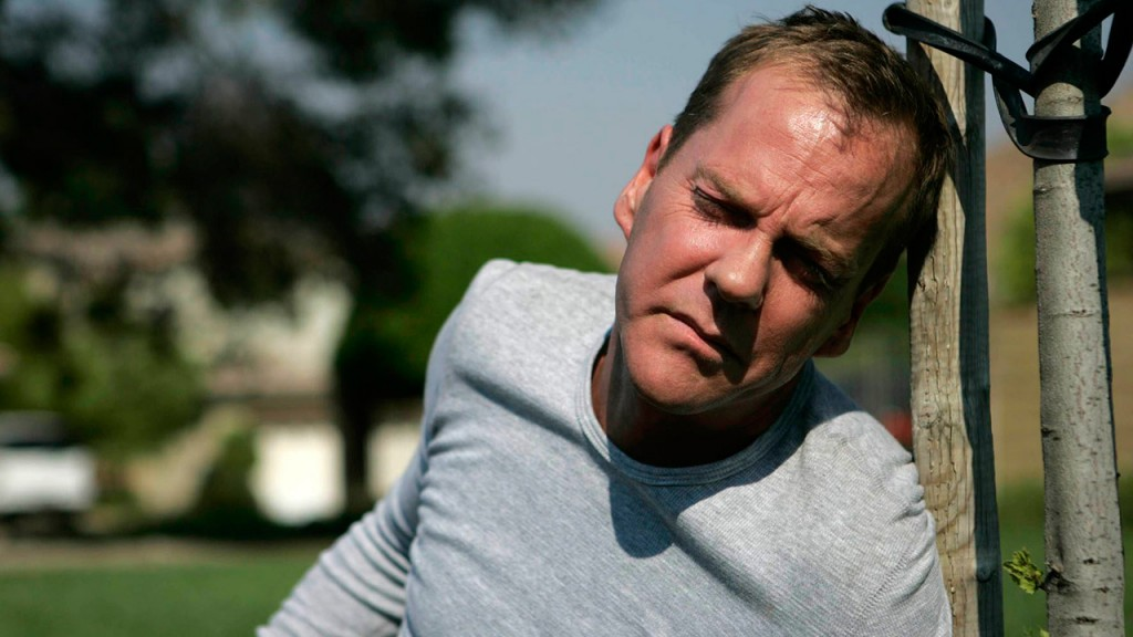 Jack Bauer collapses after being forced to kill Curtis Manning in 24 Season 6 Episode 4