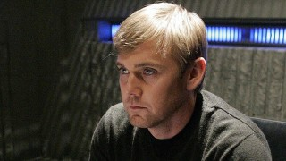 Rick Schroder as CTU Agent Mike Doyle in 24 Season 6 Episode 14