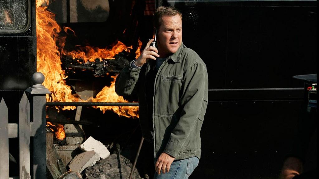 Jack Bauer discovers a burning van in 24 Season 6 Episode 10