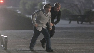 CTU Agent Mike Doyle escorts Josh Bauer in 24 Season 6 Episode 23