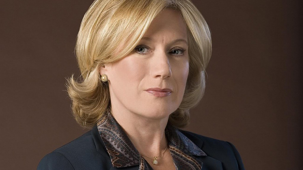 Jayne Atkinson as Karen Hayes in a 24 Season 6 promotional photo