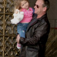 kiefer-sutherland-24-season-8-set-bts_01