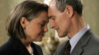 President Allison Taylor (Cherry Jones) and First Gentleman Henry Taylor (Colm Feore) in 24 Season 7
