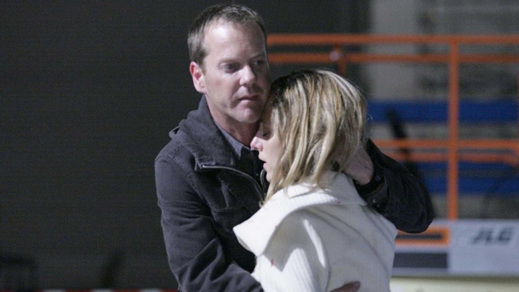 Jack Bauer and Audrey Raines hug