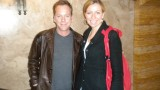 Kiefer Sutherland poses with fan