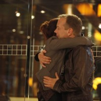 Renee Walker and Jack Bauer hug 24 Season 8 episode 4