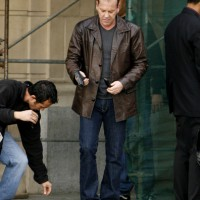 Jack Bauer Reloading 24 Season 8 set