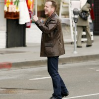 Jack Bauer Yelling - Kiefer Sutherland on 24 set