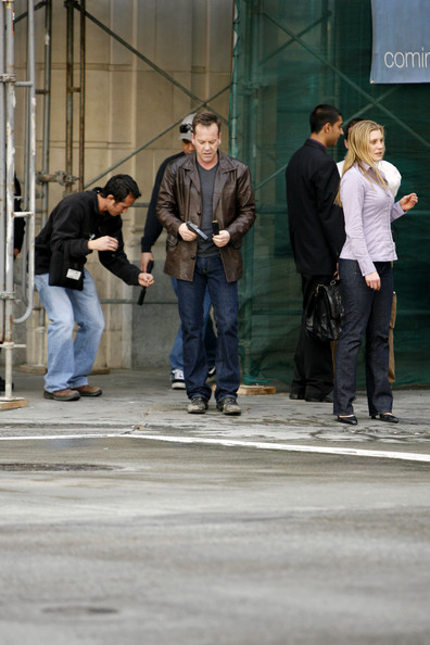 Kiefer Sutherland and Katee Sackhoff on 24 set