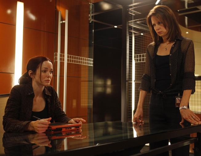 Renee Walker and Chloe O'Brian 24 Season 8 Episode 8