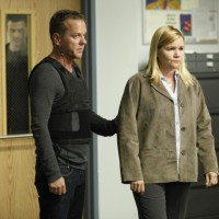 Kiefer Sutherland and Mare Winningham in 24 Season 8 Episode 11