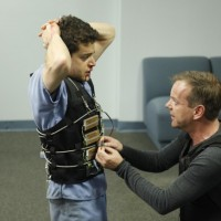 Rami Malek and Kiefer Sutherland in 24 Season 8 Episode 11