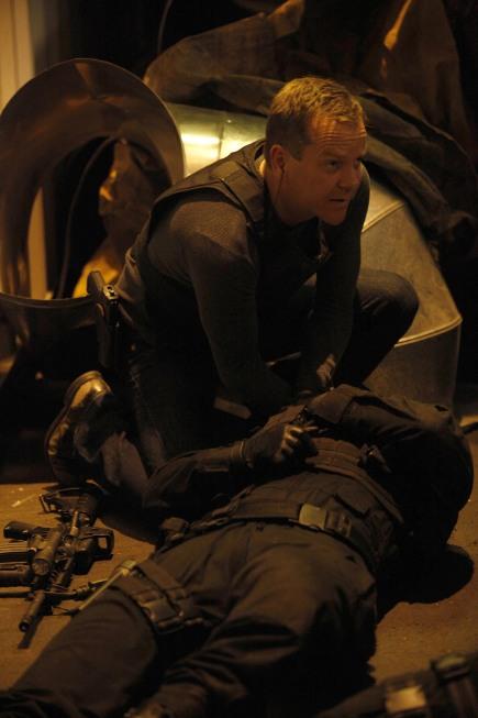 Jack Bauer checks on Agent Owens
