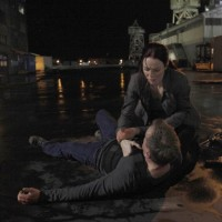 Renee Walker comforts Jack 24 Season 8 Episode 13