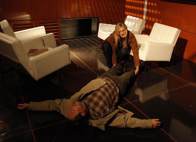 Dana Walsh kills Bill Prady in CTU