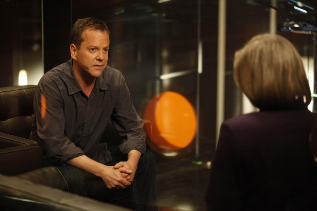 Jack Bauer meets with President Taylor at CTU 24 Season 8 Episode 18