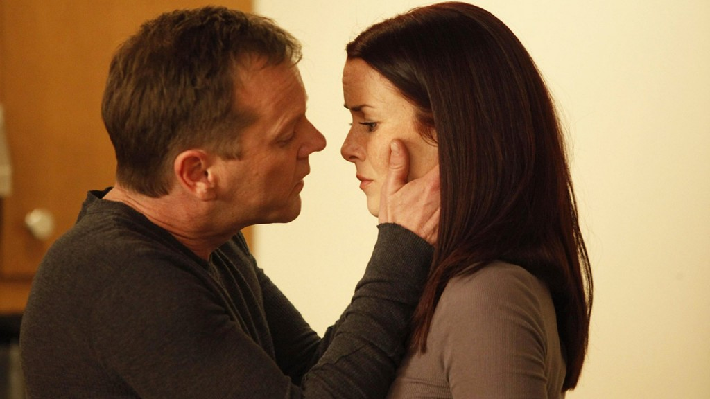 Jack Bauer and Renee Walker kiss in 24 Season 8 Episode 17