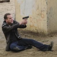 Jack Bauer pulls a gun on Cole Ortiz