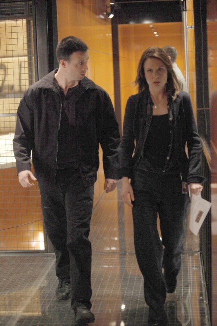 Chloe O'Brian and Cole Ortiz 24 Season 8 Episode 22