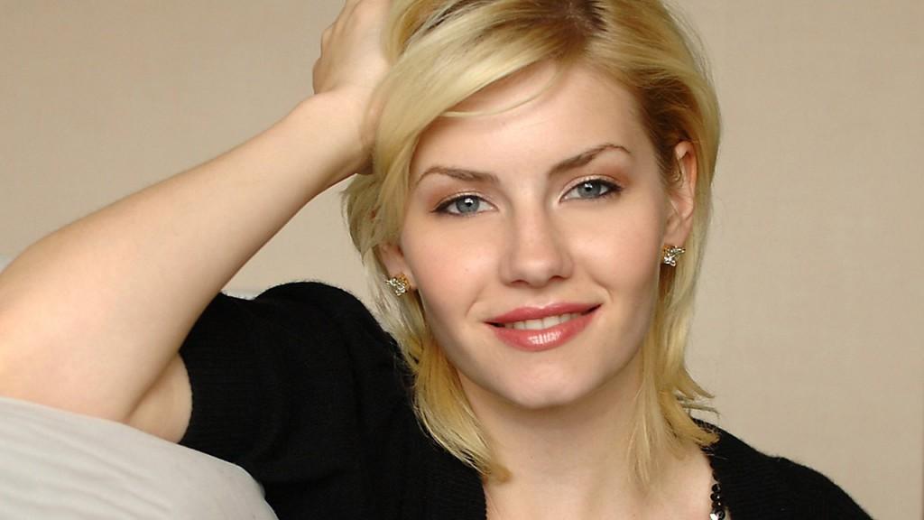 Elisha Cuthbert smiling