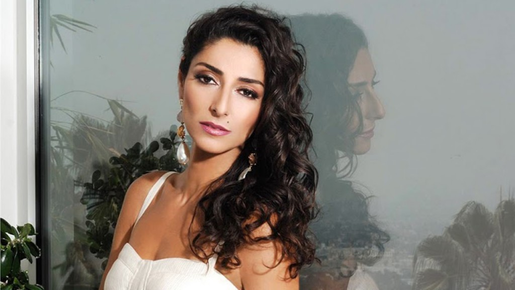 Necar Zadegan photoshoot for Regard Magazine