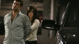 Mandy (Mia Kirshner) takes Tony Almeida hostage 24 Season 4 finale