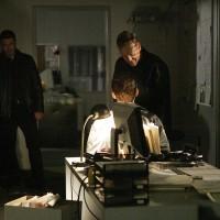 Bauer and Almeida question suspect 24 Season 7 Episode 15